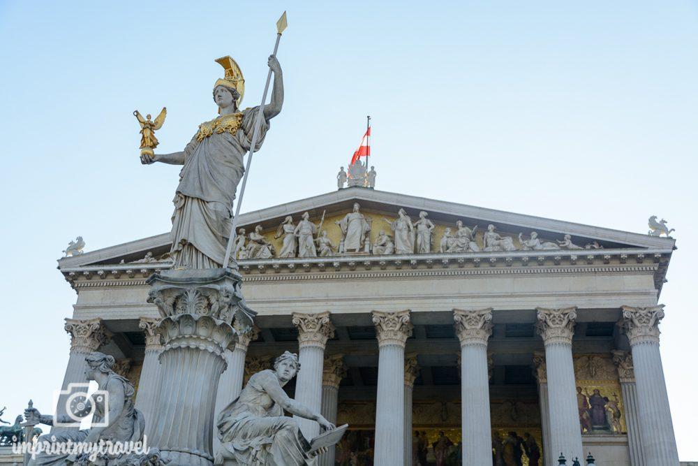 Wiener Sehenswürdigkeiten: Das Parlament