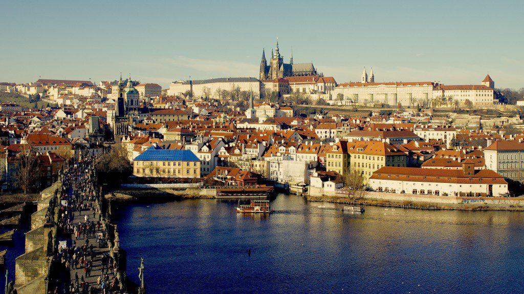 Prag-Karlsbruecke-Hradschin