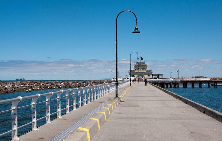 Pier von St. Kilda mit Kiosk