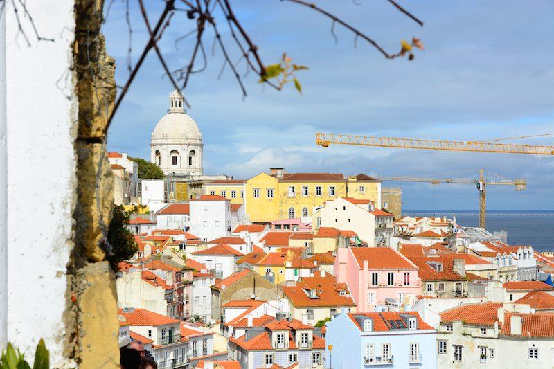 Städtereise Lissabon: Miradouro de Santa Luzia