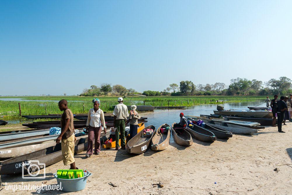Okavango Delta Safari: Mokoros