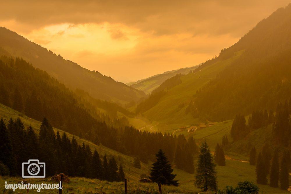 Wandern in den Kitzbüheler Alpen Sonnenuntergang