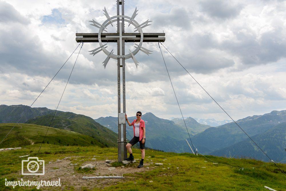 KAT Walk Tirol Wandern Lodron Gipfelkreuz