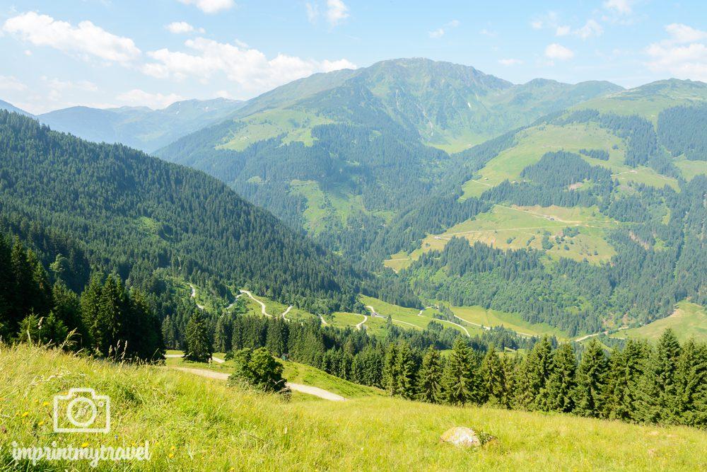 Wandern in den Kitzbüheler Alpen Ausblick