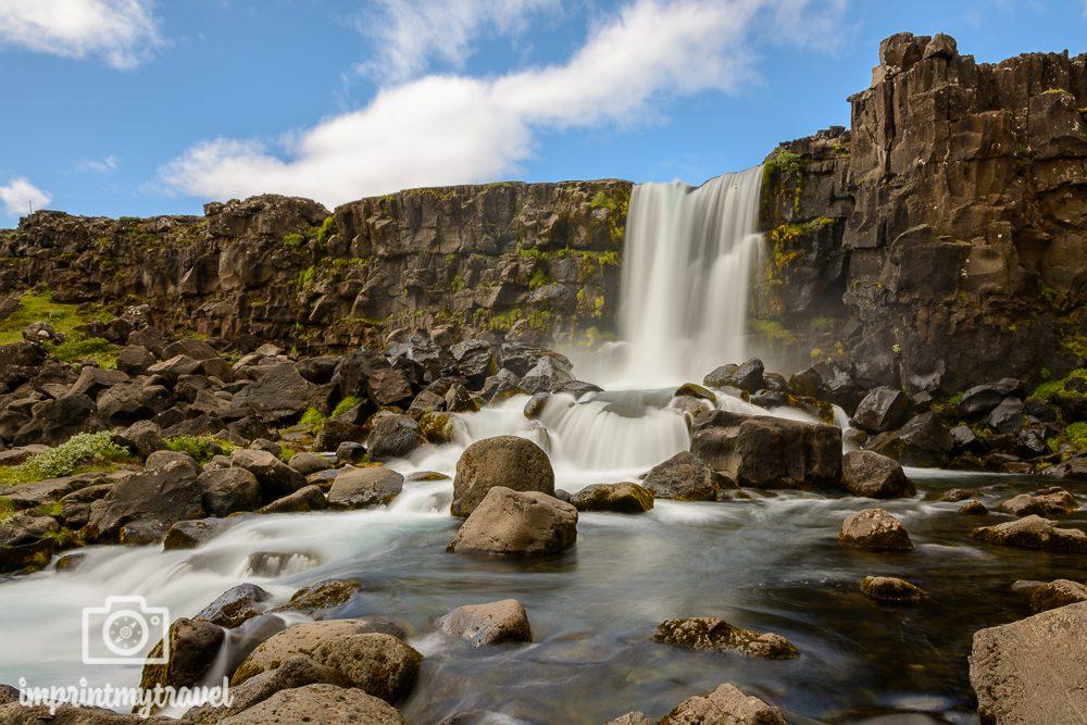 Fotografieren mit Graufilter Wasserfall Island