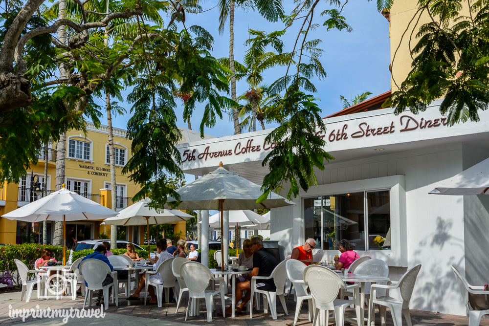 Florida Naples Frühstück 5th Avenue Coffee