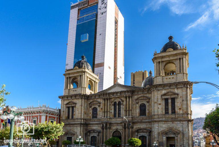Bolivien Reise Plaza Murillo Kathedrale