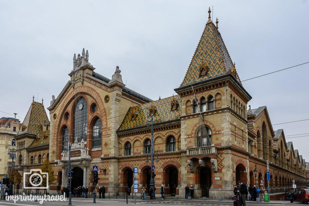Städtereise nach Budapest Sehenswürdigkeiten Zentrale Markthalle