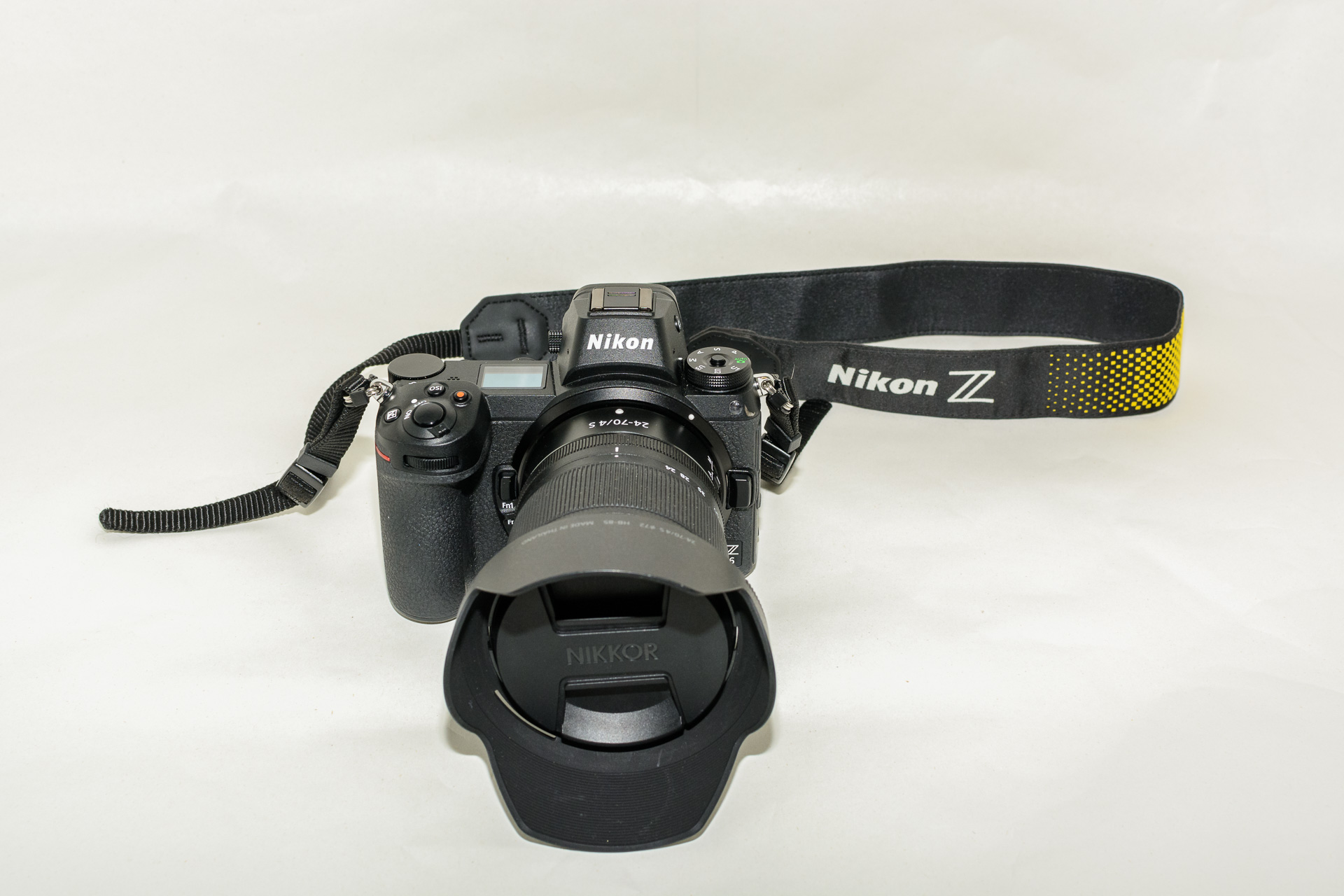 Nikon Z6 Systemkamera Titel
