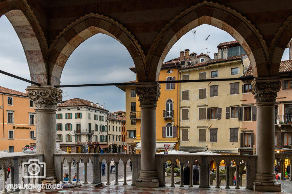 Ausflugsziel Dreiländereck Udine Piazza de la Libertà
