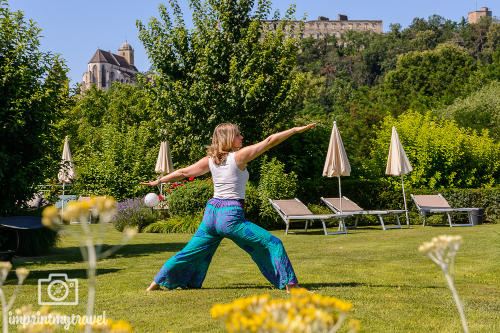 La Pura Women's Health Resort Yoga im Garten