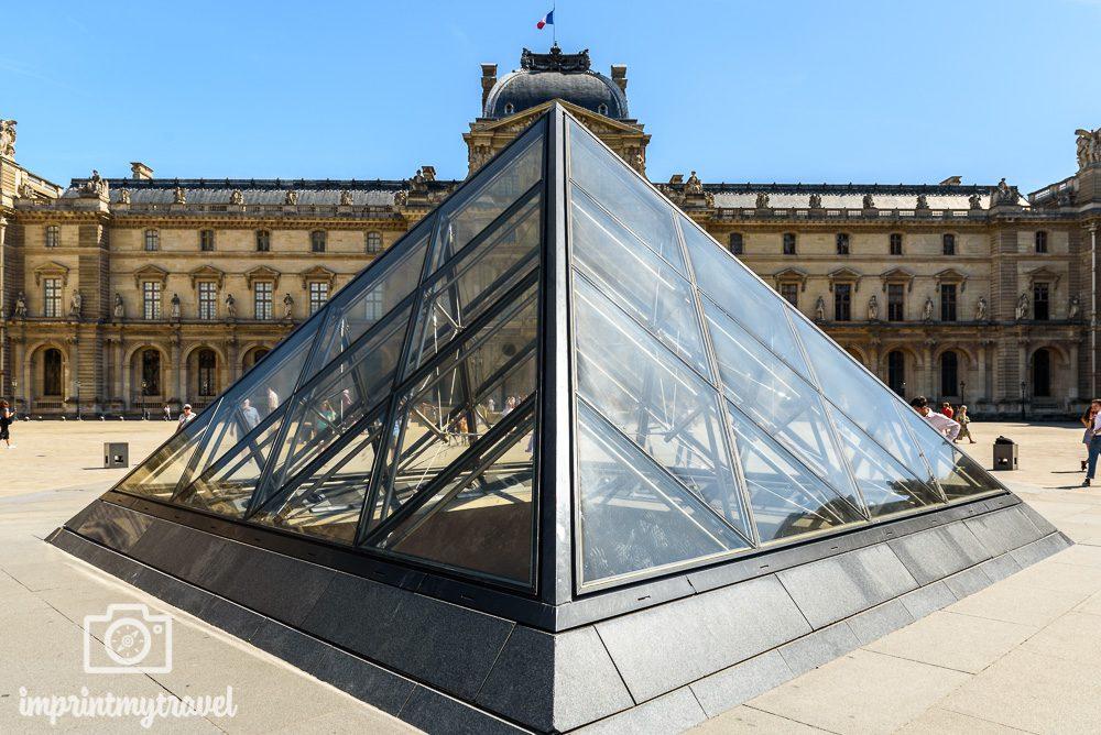 Paris Attraktionen Louvre