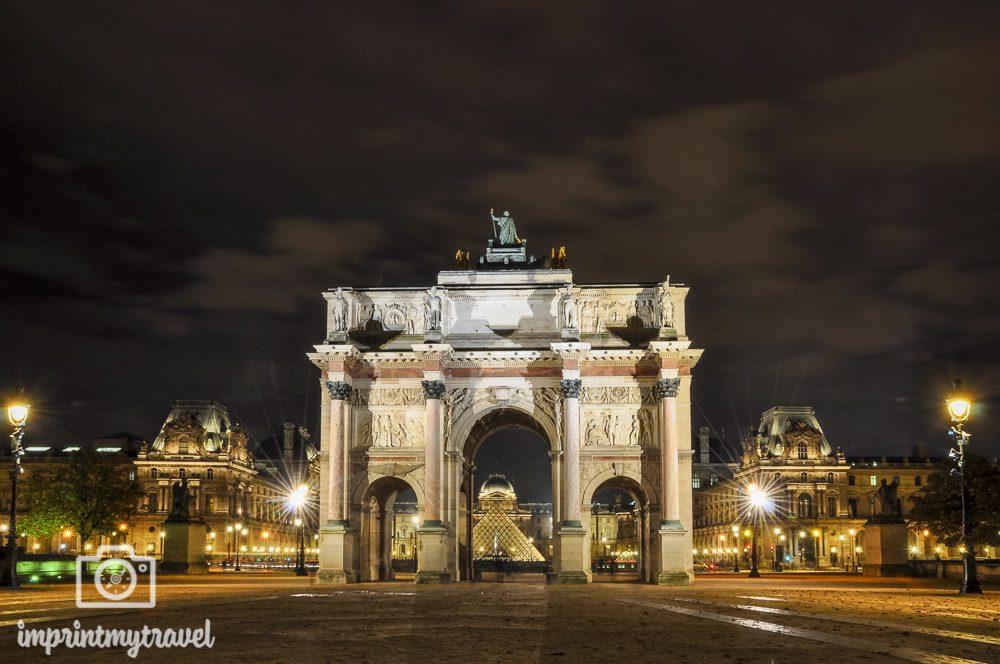 Arc de Triomphe du Carrousel bei Nacht