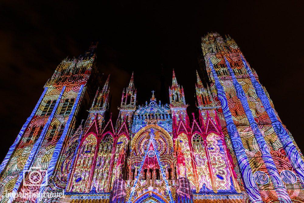 Rouen Sehenswürdigkeiten Lichtershow Kathedrale