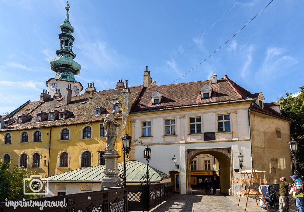 Bratislava Sehenswürdigkeiten Michaelertor