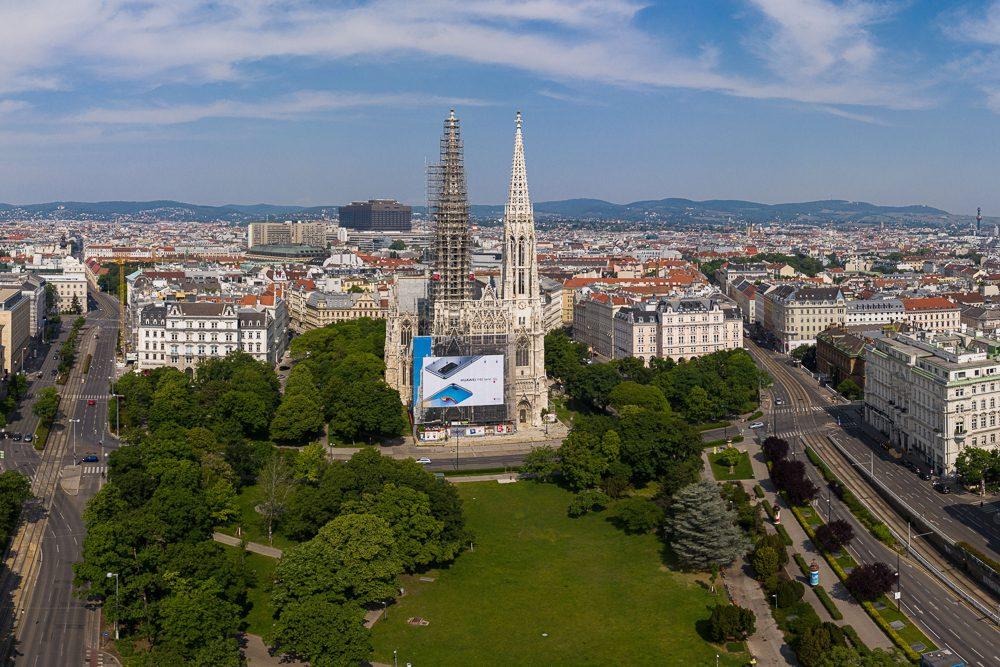 Luftaufnahme Votivkirche Wien