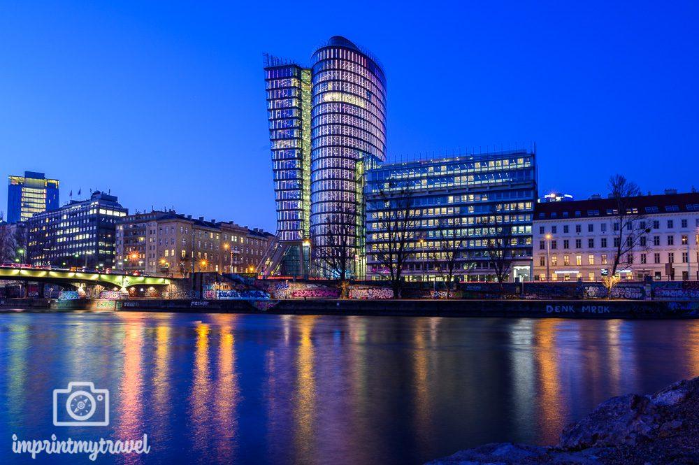 Donaukanal Wien blaue Stunde
