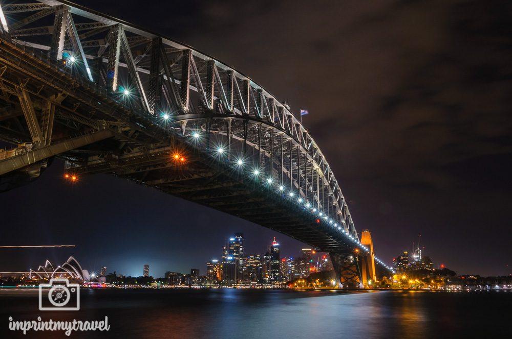 Nachtaufnahme Harbour Bridge Sydney