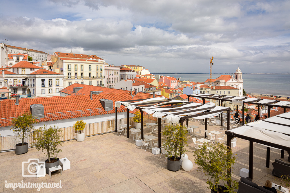 Lissabon Highlight Rootop Bar